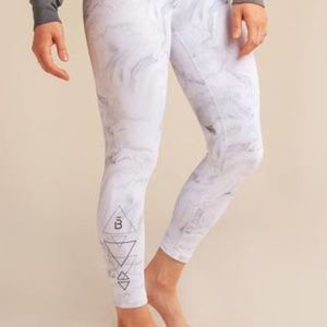 barre3 x DYI marble ankle crop legging